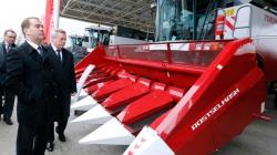 «Ростсельмаш» за год выпустил свыше 3000 зерноуборочных комбайнов
