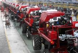 Украинские заводы наращивают производство техники, но аграрии ее не покупают