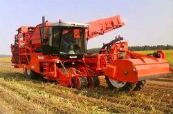 7 причин, почему следует отказаться от приобретения импортного картофелеуборочного комбайна