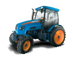 В России выпущен самый экологичный трактор в мире