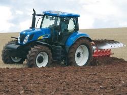 Новинки среди сельхозтехники. Какой трактор купить бу удастся не скоро