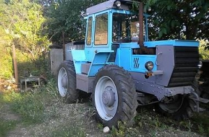 Колесный трактор