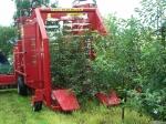 фото Комбайн для уборки вишни Felix Z