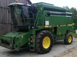 Комбайн зерноуборочный John Deere 2056