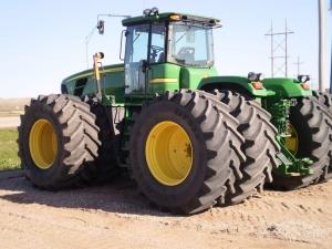 Трактор колесный John Deere 9630