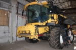 Продается зерноуборочный комбайн New Holland CX8090
