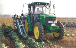 Комбайн для уборки капусты