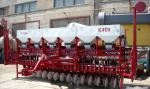 Сеялка зернотравяная Клен-4,5П