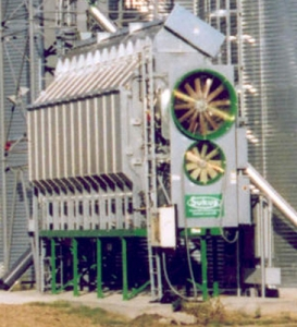 Зерносушилка Sukup с двумя вентиляторами и разделением камеры сушки 2/3-1/3