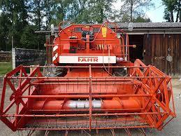 Комбайн зерноуборочный Deutz-Fahr M900