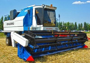 Комбайн зерноуборочный Енисей КЗС 950