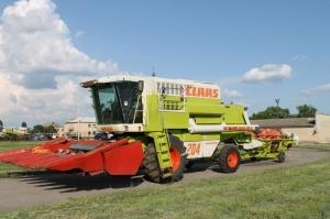 Комбайн зерноуборочный CLAAS Mega 204 (II)