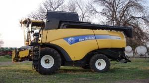 Зерноуборочный комбайн NEW HOLLAND СХ8080