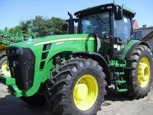 Трактор колесный JOHN DEERE 8295R